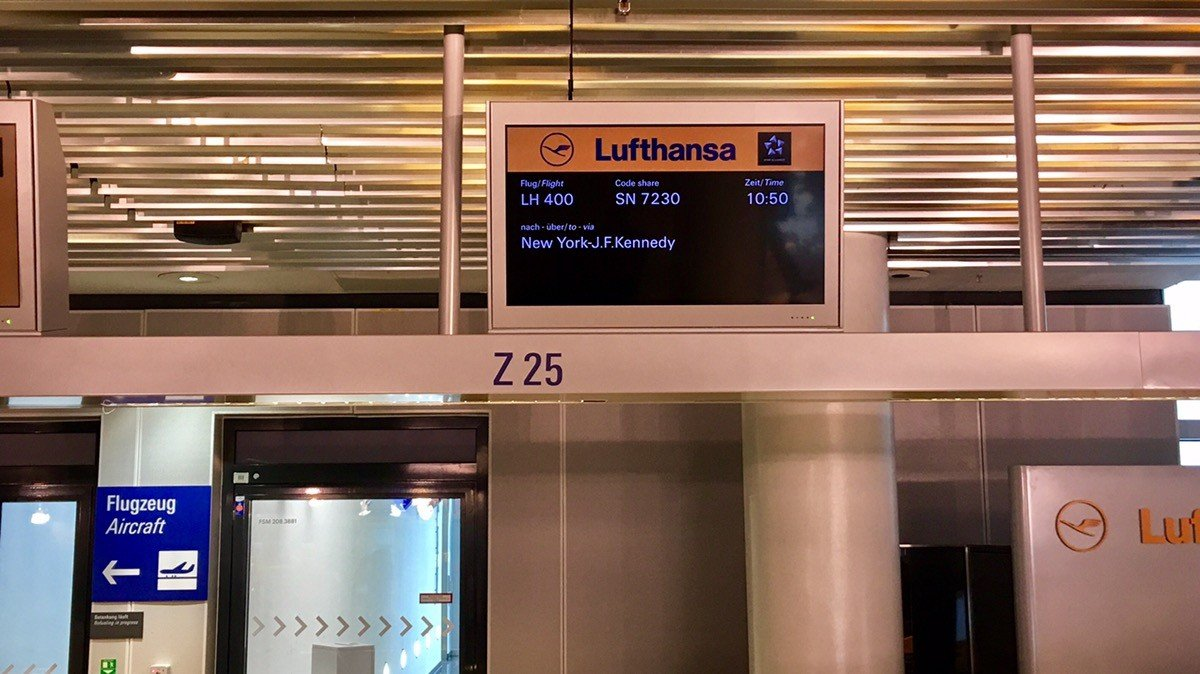 What to expect on Lufthansa flight LH 400 Frankfurt – New York